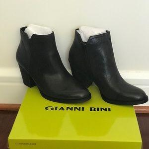NWT.  Gianni Bini Black Booties 9.5